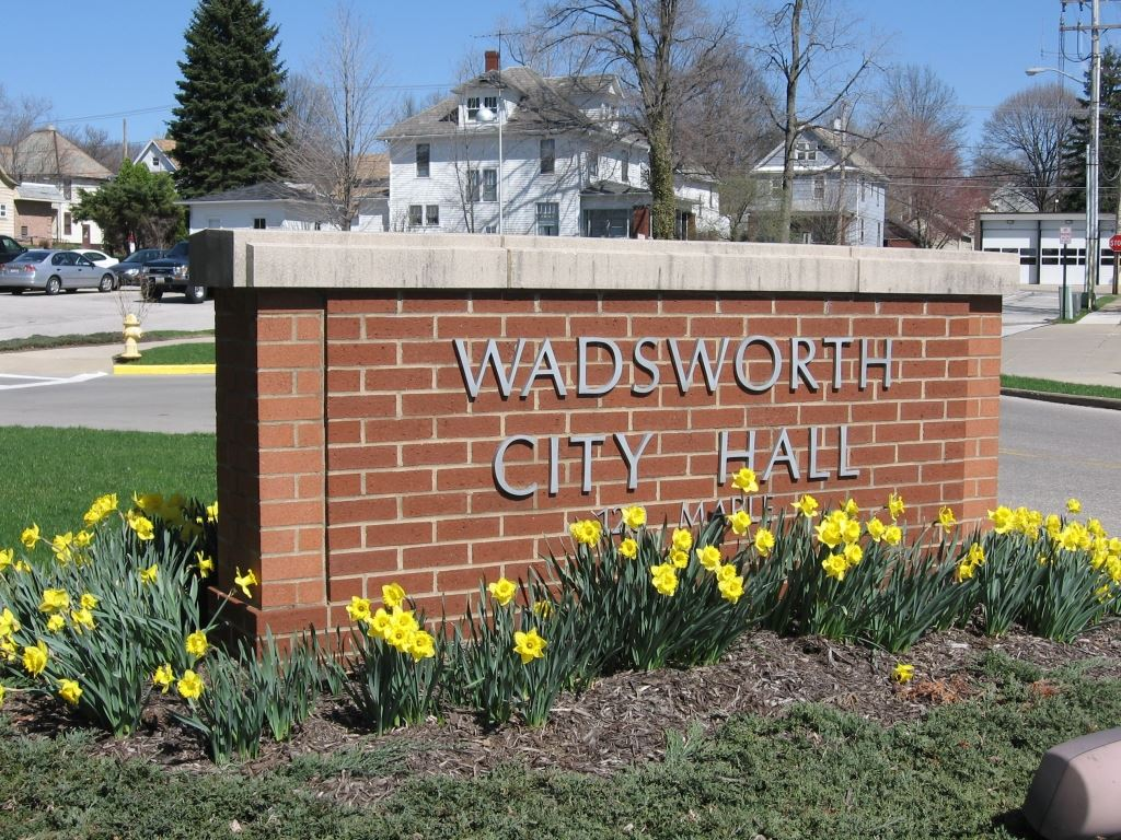 Wadsworth City Hall Sign